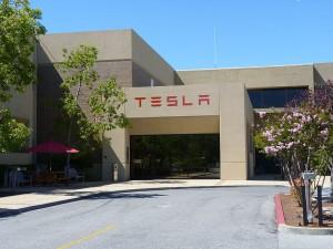 800px-TeslaMotors_HQ_PaloAlto