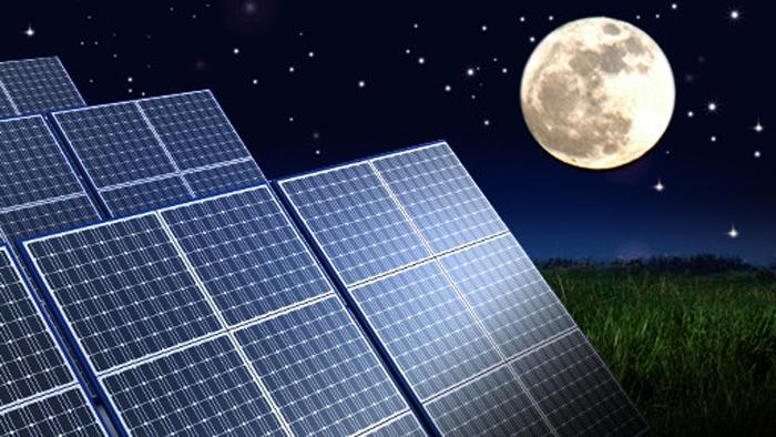 Solarstrom_bei_Nacht