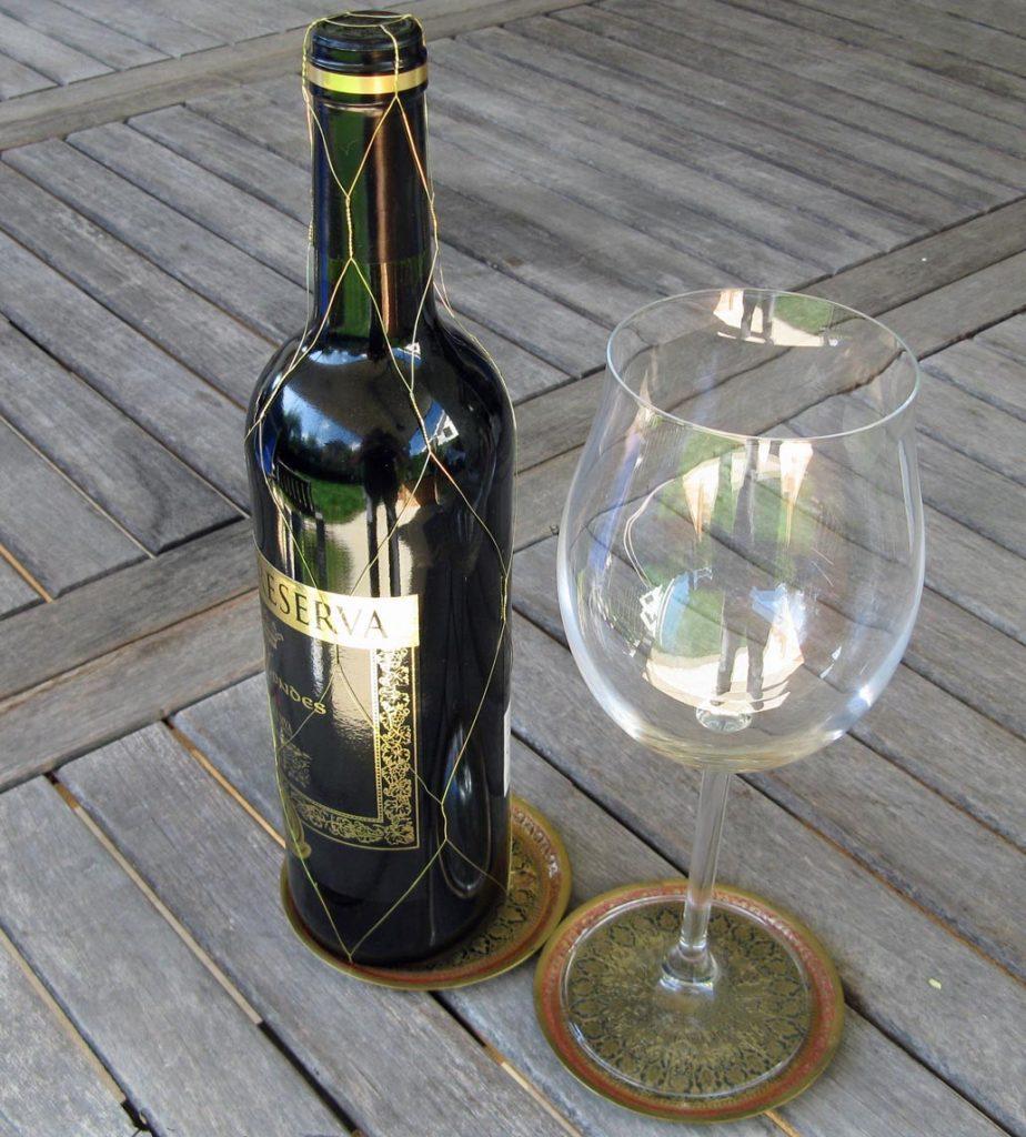 Bild 7. Das krebserregende Nervengift Alkohol ist im Unterschied zu Stickstoffdioxid selbst in kleinsten Mengen gefährlich