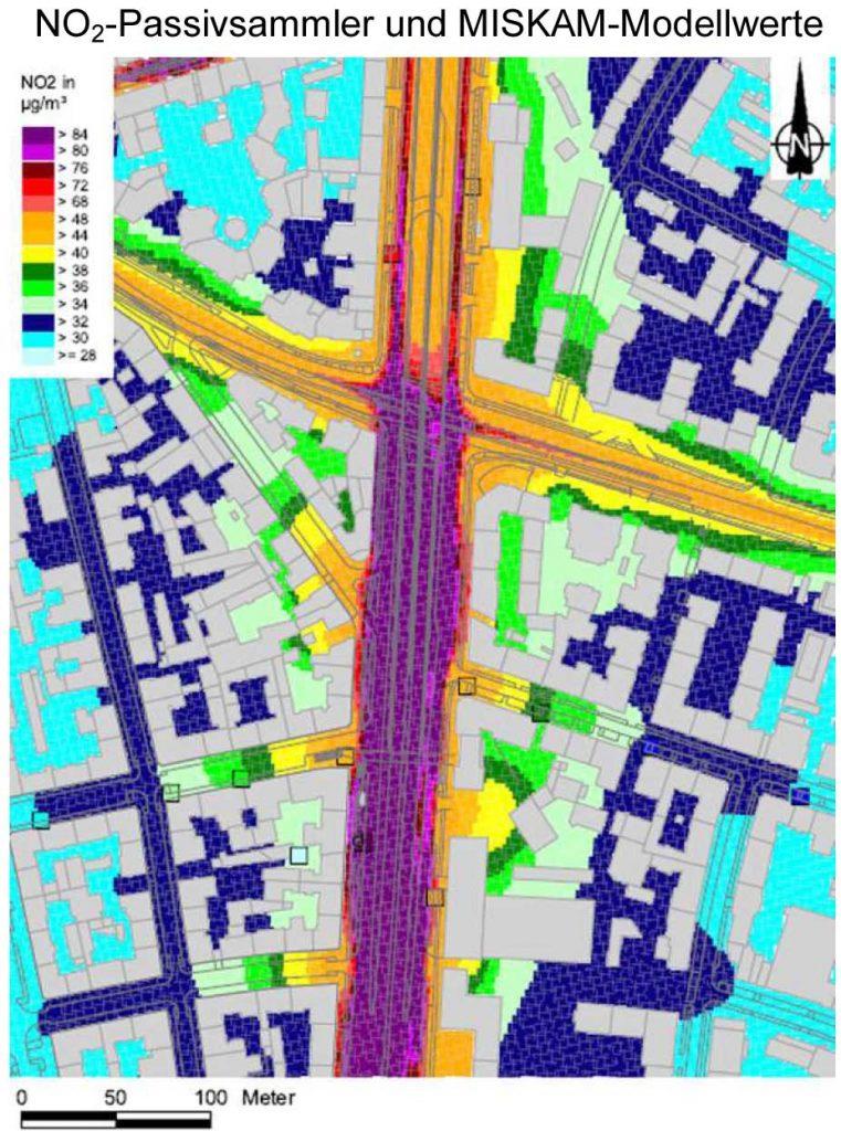 Bild 4. Darstellung der Jahresmittelwerte der NO2-Konzentration im Bereich des am stärksten beaufschlagten Abschnitts der Landshuter Allee in München für das Jahr 2011 (Grafik: [BLFU])