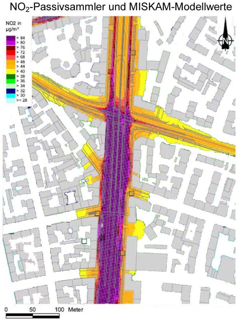Bild 6. Bei dieser Kopie des Bildes 4 wurden alle Bereiche, in denen die NO2-Grenzwerte unterhalb des Grenzwerts liegen, entfärbt (Grafik: [BLFU])